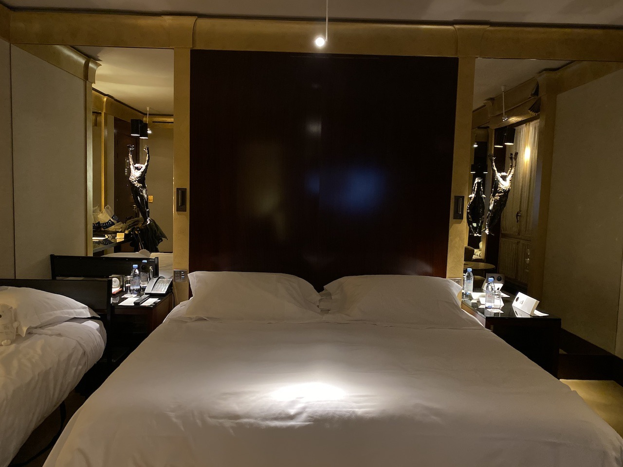 Park Hyatt Vendome king bed with rollaway